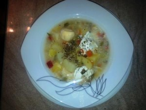 Vegetable soup with ham and egg