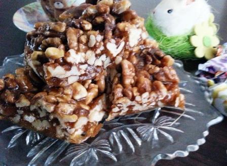 Fructe uscate caramelizate