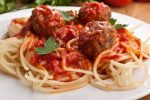 Meatballs with spaghetti Bologna