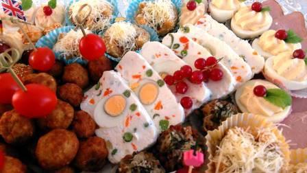 Terină de brânză cu ouă și legume