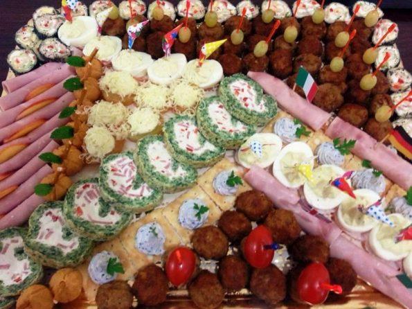 Platouri aperitive festive