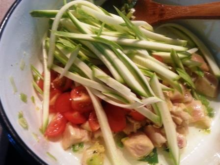courgette-with-breasts-chicken-and-tomato-7