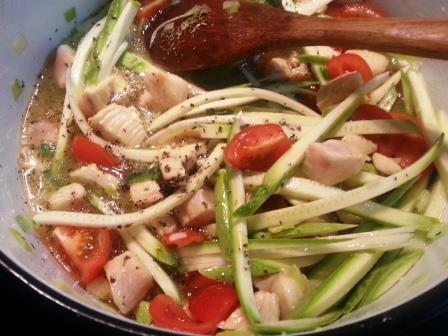 courgette-with-breasts-chicken-and-tomatoes-8