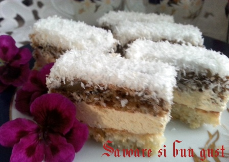 coconut cake with coconut-de-