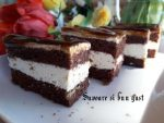Prajitura cu blat de cacao si crema de frisca